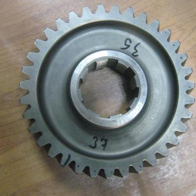 Шестерня ведомая среднего редуктора 199014320137