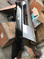 Бампер литой тягач чёрный  А7 WG1664240003