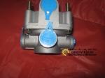 Клапан тормозной ускорительный  разгрузочный AZ9014360047/ WG9000360134/1