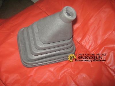 Кожух пылезащитный (рычага кпп) AZ9719240002