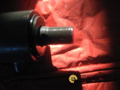 Гидроцилиндр поворота колёс на самосвал 8х4 (большой) WG9731470070